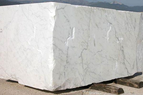 statuario-blocco-01B3284786-BE4F-5B65-1639-0F40426CB97E.jpg